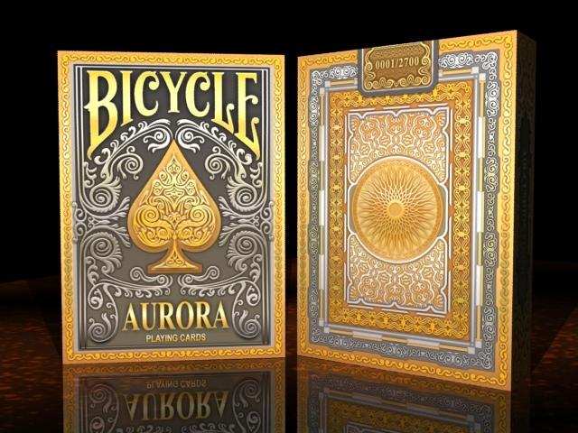 Aurora_tuck01
