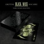 Edición GROTESK MACABRE BLACK MASS. Tintas metálicas en papel negro. Una auténtica baraja de colección
