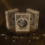 Naipes BICYCLE SYNDICATE. La belleza de la pasión y del trabajo en equipo